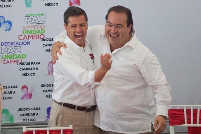 Un León vale más que 1000 bueyes. #RenunciaYa   Enrique Peña Nieto-La Marcha