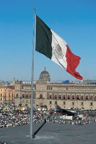 Denuncian en La Haya a Enrique Peña Nieto